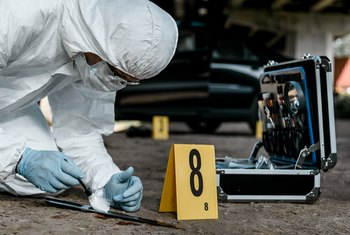 Duties & Responsibilities for a Crime Scene Investigator