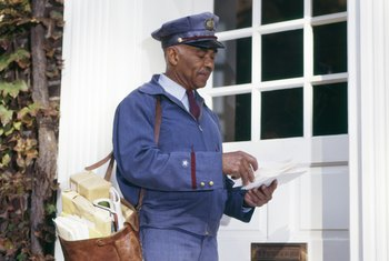 USPS Mailman: Average Salary, Requirements and Job Description