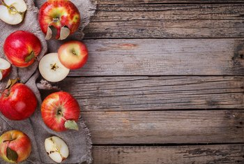 How Much Fiber Is There in a Small Apple?