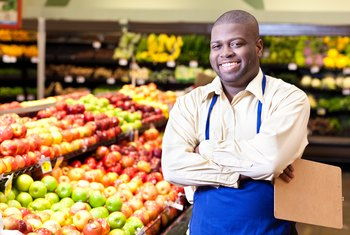 What Are the Duties of a Supermarket Customer Service Assistant?