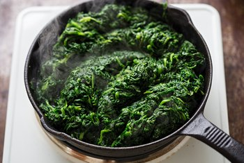 How Nutritious Is Cooked Spinach?