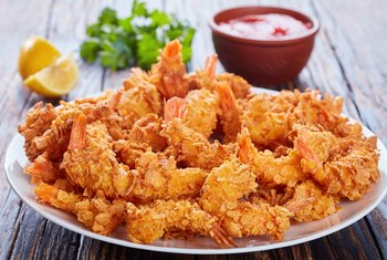 How Many Carbohydrates Are in One Breaded Shrimp?