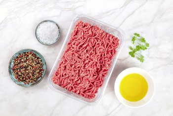 Ways to Remove Fat From Cooked Ground Beef
