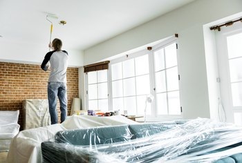 Does Painting A Ceiling Make Your Room Look Bigger Or Smaller Home Guides Sf Gate
