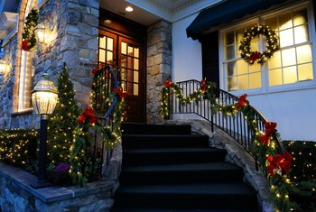 How to Hang Christmas Lights Outside Around Door & Windows