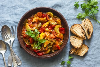 How to Reduce the Acid in Tomato Based Stews