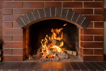 Should a Fireplace Flue Damper Always Be Completely Open?