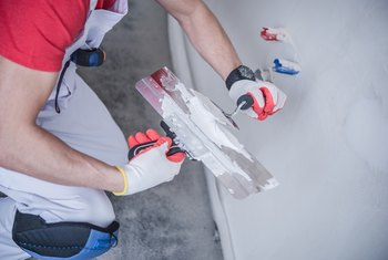 What Is The Difference Between Drywall Mud Interior Spackling Paste Home Guides Sf Gate