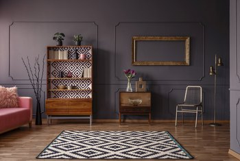 How to Prime Walls That Have Dark Colors