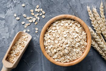 Oat Bran Vs. Rolled Oats