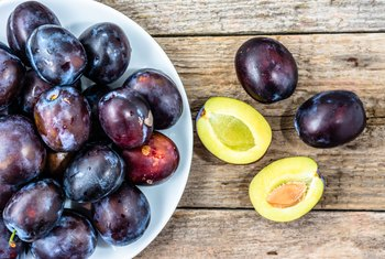 What Are the Benefits of Prune Juice for the Digestive System?