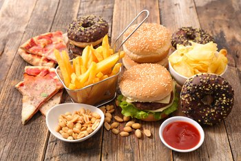 How to Compare Junk Food to Healthy Food