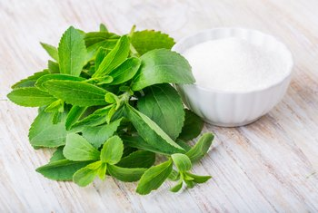 How to Use Stevia Leaves