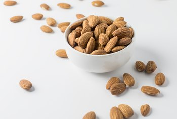 Nutrition Information Raw Almonds Vs. Roasted Almonds