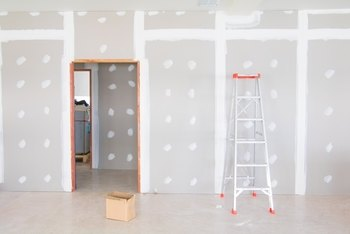 How Long to Let Drywall Mud Dry