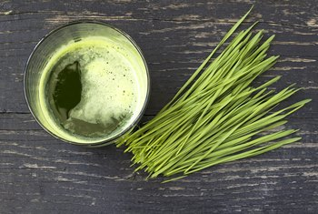 How to Eat Wheatgrass Raw