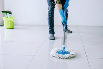 How to Buff Floors Without Using a Buffing Machine
