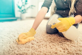 Home Remedies for Cleaning Carpets & Stains