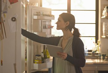 How to Turn Off Refrigerators During Vacations