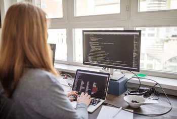 The Advantages of Being Computer Literate in the Workforce