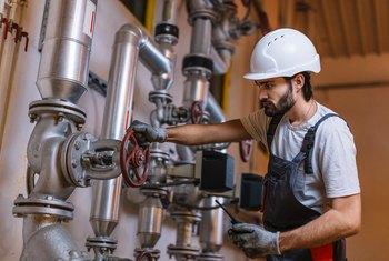 Mechanical Engineer Salary Employers And Benefits Work Chron Com