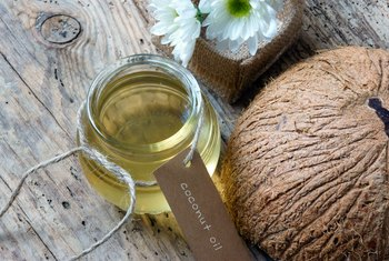 What Are the Health Benefits of Organic Extra Virgin Coconut Oil?
