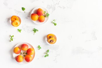 How Much Fiber Is in Apricots?