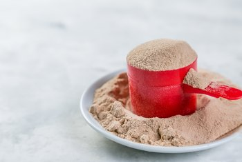 What Is a Scoop of Protein Powder Equivalent To?