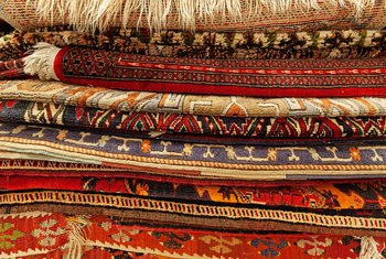 How to Tell if a Persian Rug Is Valuable
