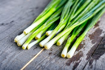 What Parts of a Green Onion Can You Eat?