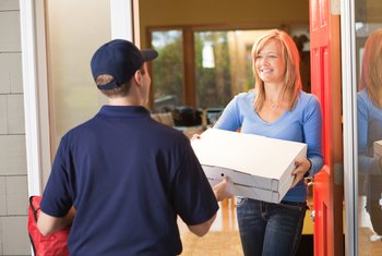 How Much Money Does a Pizza Delivery Driver Make?