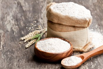 Does Wheat Flour Contain Carbohydrates?