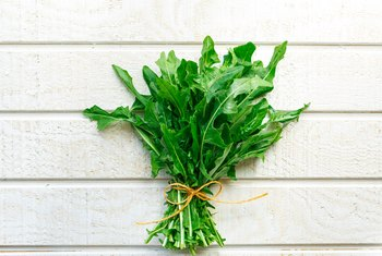 The Health Benefits of Eating Dandelion Greens