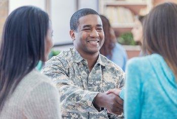 How Much Does the Military Pay? Salary, Requirements and Job Description