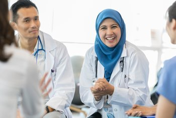 Difference Between Internist & General Practitioner