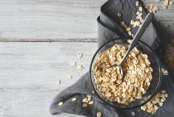The Relative Benefits of Steel-Cut vs. Quick Oats