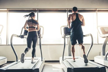 Can Doing 30 Minutes on the Treadmill Help You Lose Weight?