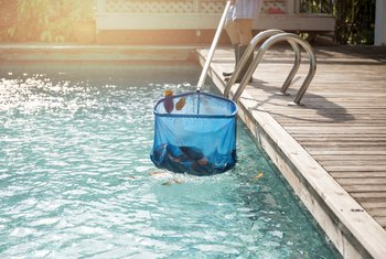 How to Remove Fine Dust, Sand or Sediment From a Pool