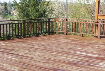U.S. Building Codes for Deck Railing