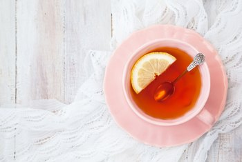 What Are the Benefits of Drinking Six to Eight Cups of Hot Tea?