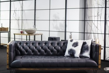 What Is the Difference Between Bonded & Top Grain Leather Sofas?
