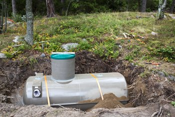 Can a Plugged Septic Tank Cause Indoor Plumbing Problems?