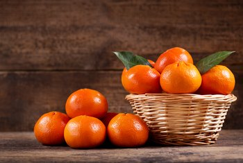 How to Grow Clementines & Mandarin Oranges From Seeds