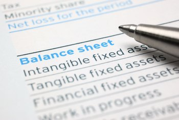 Salaries, Wages and Expenses on a Balance Sheet