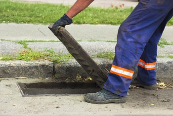 How to Find Out Where Sewer Lines Are Placed Outside a Home