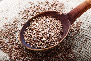 How Many Grams of Fiber in 1/4 Cup Ground Flax Seed?