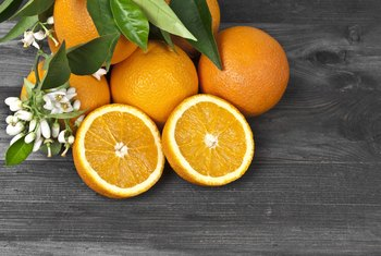 What Are the Benefits of Eating Oranges