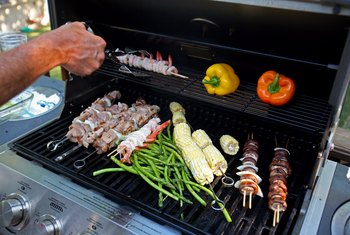 How to Keep Rodents Out of a Gas Grill