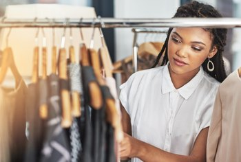 How to Start a Clothing Business With Buying Wholesale