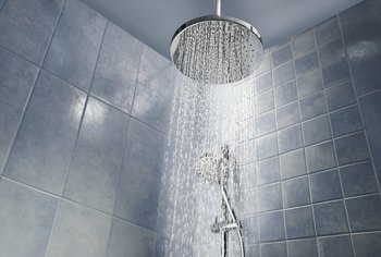 How Big Does a Doorless Shower Need to Be?